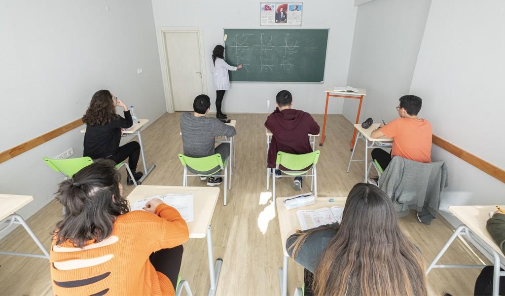 Eğitimin Özü Budur; Mutlu Özel Kurs