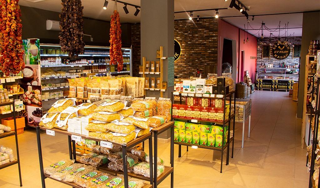 Gc Organik Market & Satuti Restoran