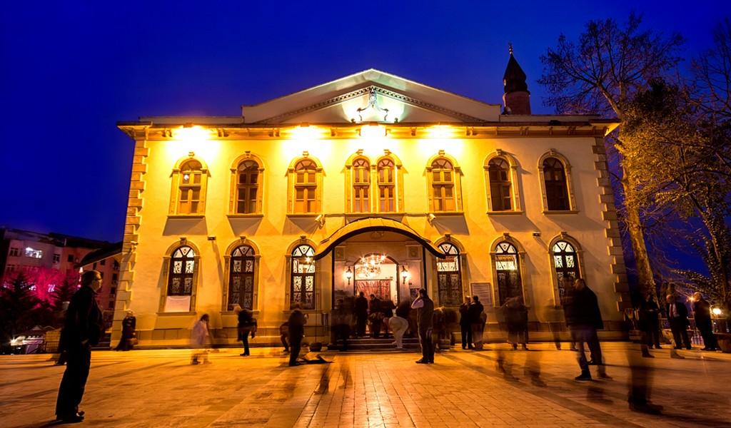 Tarihi Fevziye ve Orhan Camileri
