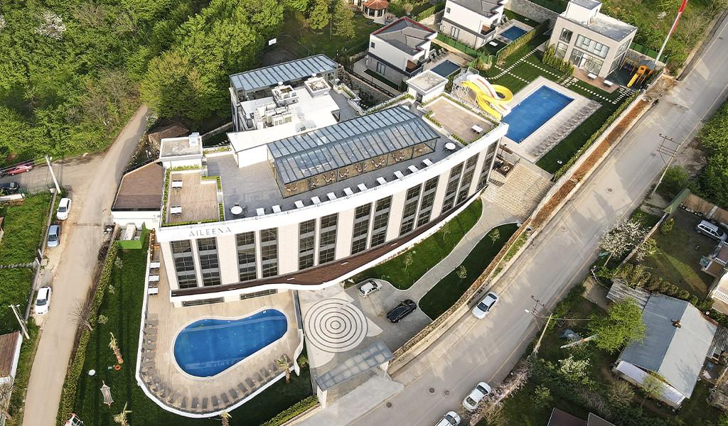 Tepedeki Yeşillik, Aileena Hotel&Villas